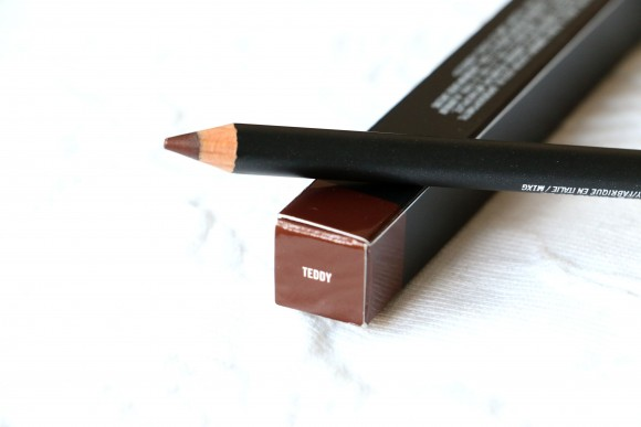 MAC Teddy Eye Kohl