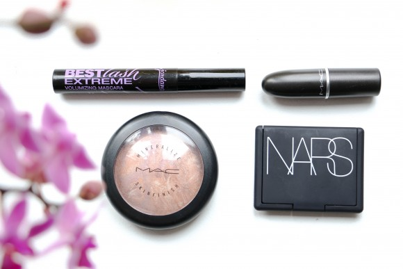 MAC Perfect Topping Nars Liberte MAC Dubonnet Jordana best lash extreme